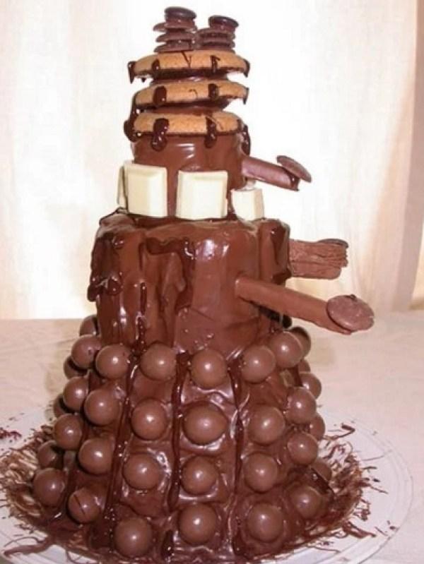 Chocolate Dalek cake