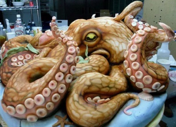 Octopus-shaped cake