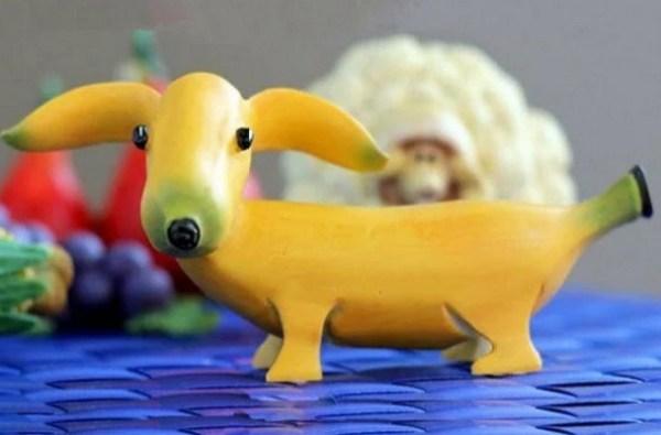 Banana that look like dog