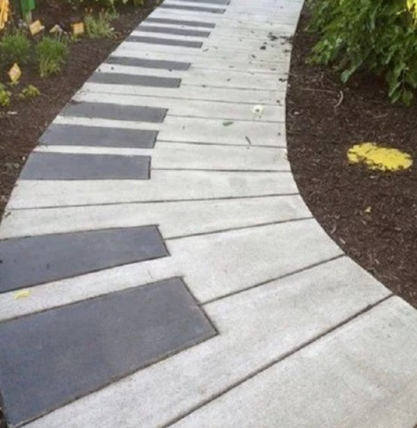 Garden path made to look like a piano
