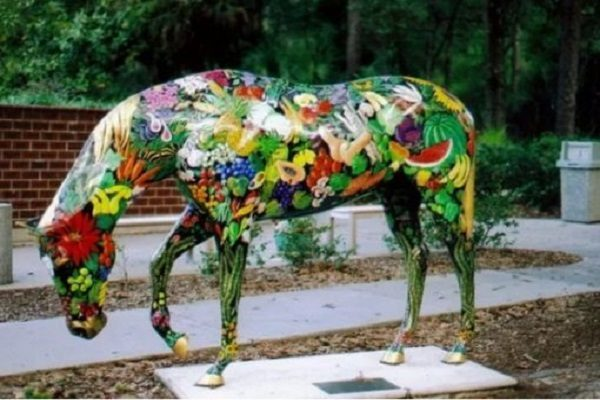 Ten Great Photos of Ocala Painted Horses Any Artist Will Love