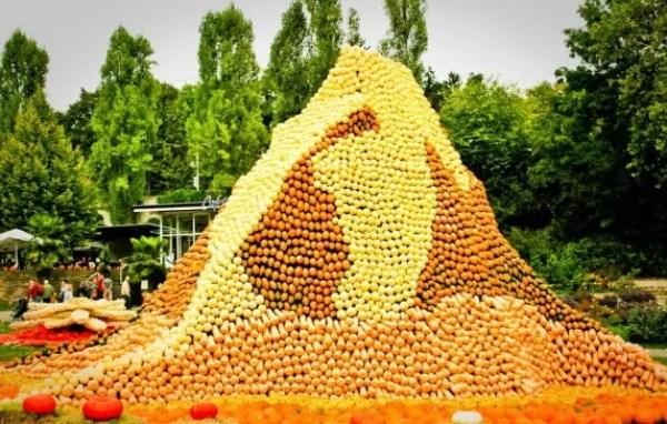 Swiss Matterhorn installation made of pumpkins