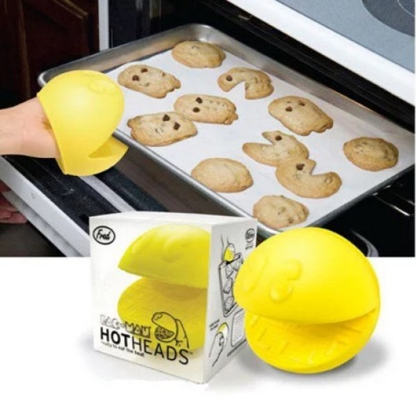Pacman Oven Gloves