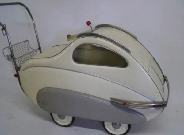 Retro Baby Carriage