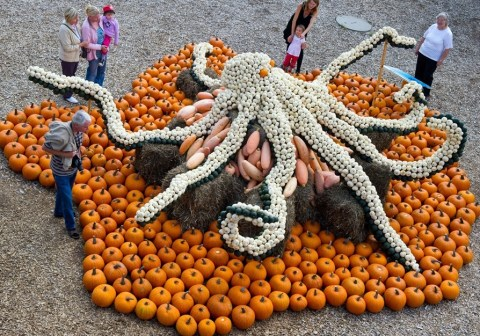 The World's Top 10 Best Works of Art Made With Pumpkins