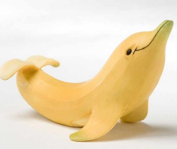 Photoshopped Banana Made to Look Like a Dolphin