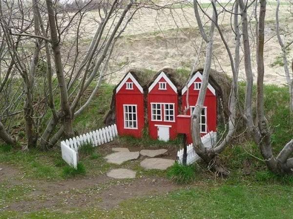 Icelandic folklore Huldufólk House
