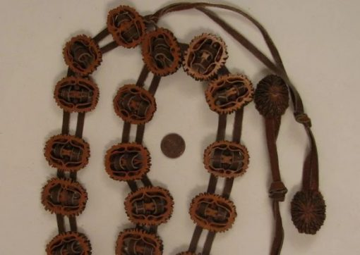 Belt made with walnut shells