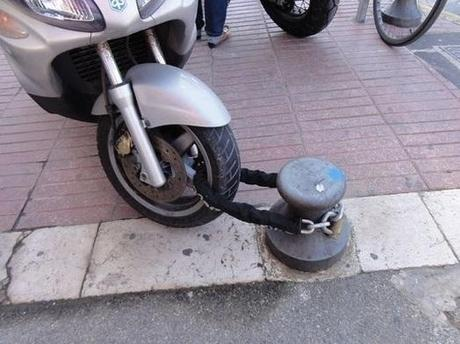 Scooter Locking Fail