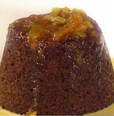 Steamed marmalade puddings with whisky liqueur custard