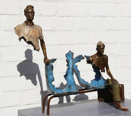 'Les Voyageurs' sculpture by Bruno Catalano