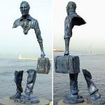 Top 10 Most Amazing Broken Style Statues
