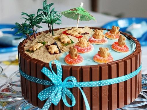 Beach Kit Kat Cake Recipe