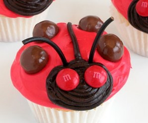 Ten of the Very Best Designs and Recipes for Ladybird Cupcakes