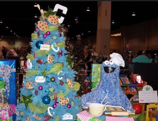 Cookie Monster Themed Christmas Tree