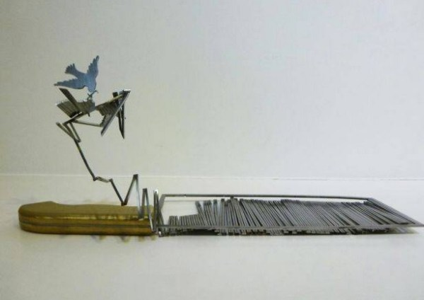 Top 10 Amazing Knife Silhouettes Sculptures