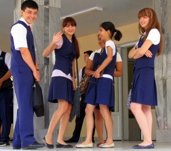 Ten of the Smartest School Uniforms From Around the World