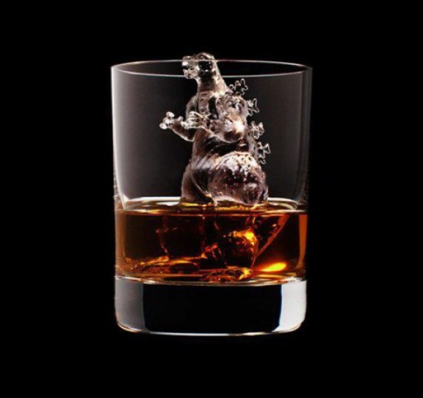 Top 10 Intricately Carved Ice Cubes
