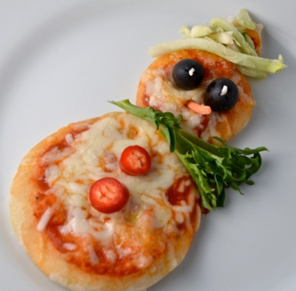 Snowman Mini Pizzas