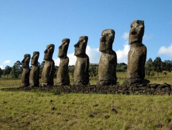 Ahu Akivi, Easter Island