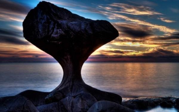 Kannesteinen Rock, Måløy