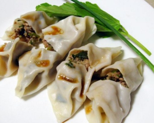 Garlic Chive & Ginger Pork Dumplings