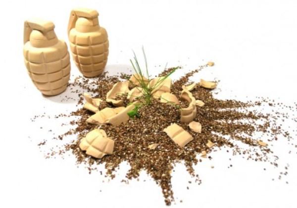 Plant Grenades