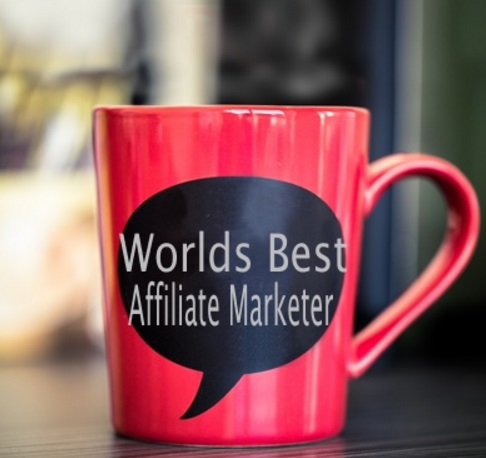 To Become a Blogger You Need to be an Affiliate Marketer