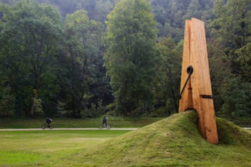 The Giant Clothespin, Chaudfontaine