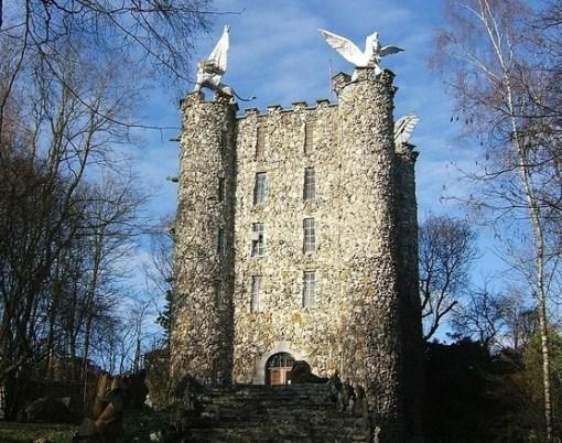 Tower of Eben-Ezer, Bassenge