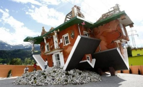 Haus Steht Kopf, Terfens