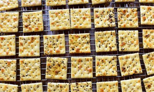 Seasoned Buttery Crackers