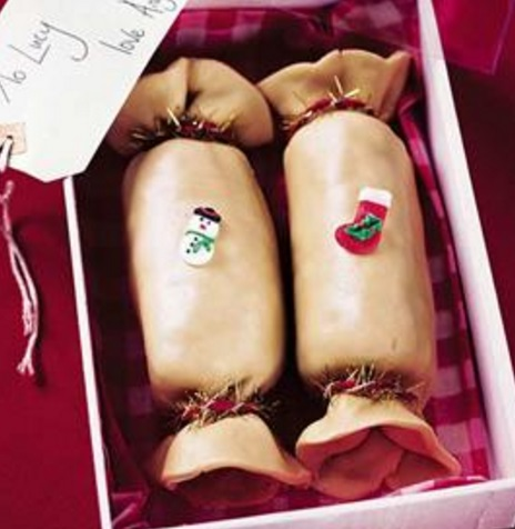 Marzipan Christmas Crackers