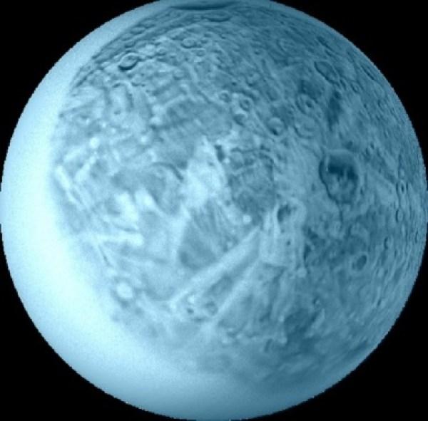Oberon, Moon of Uranus