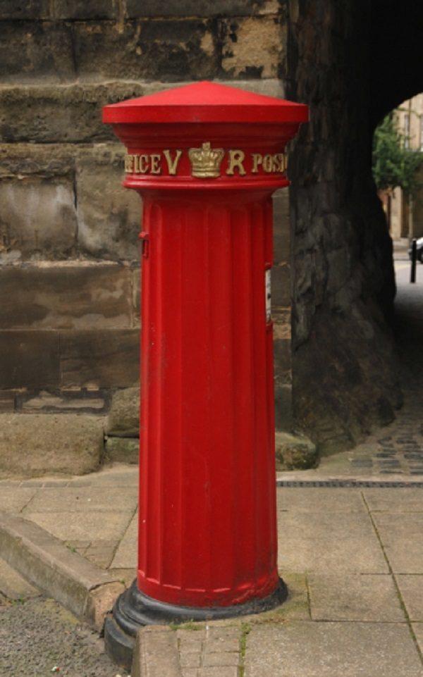 Pillar Box in Westgate, Warwick
