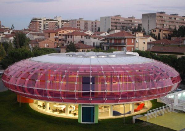 Biblioteca Sandro Penna, Italy