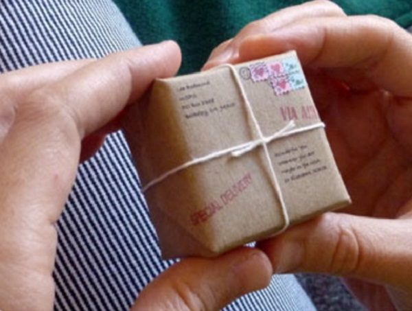 The Top 10 Smallest Gift Ideas in the World That You Can Actually Buy Now