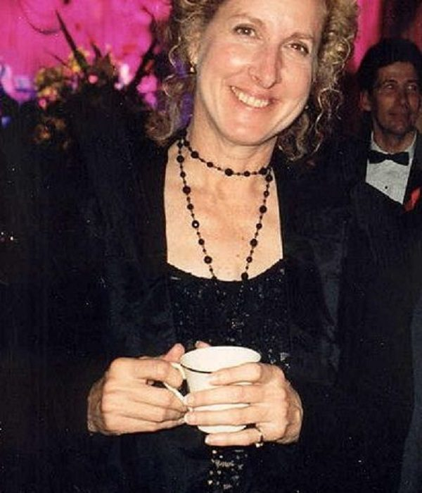 Betty Thomas