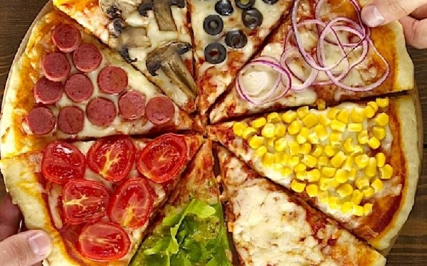 The Top 10 Most Popular Pizza Toppings Almost Everyone Loves