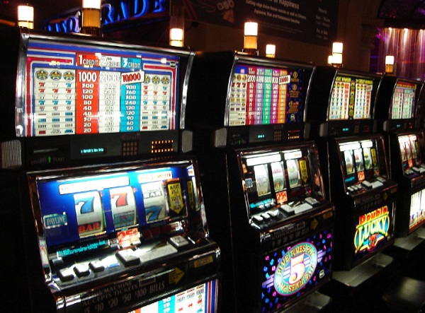 Casinos put the best paying slots by the door to entice people into the casino