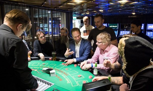 Reasons Why You Should Sign Up to an Online Casino This Christmas