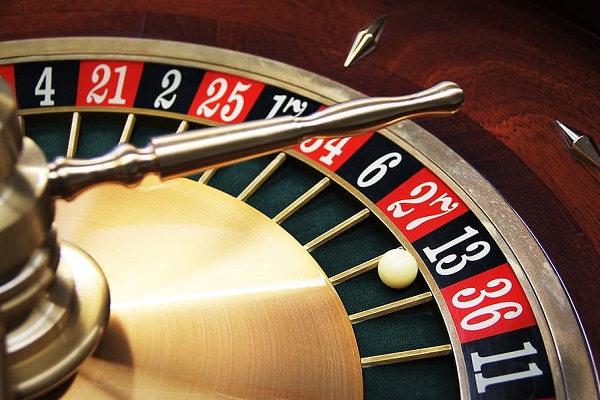 Ten Reasons Becoming a Casino Croupier Is a Great Career Choice