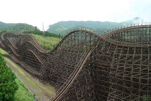 Jupiter in Kijima Amusement Park, Japan