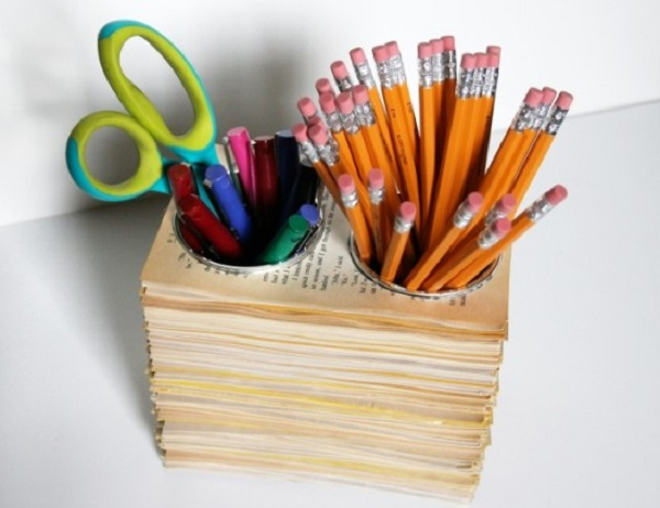 Stationery holder made from old books