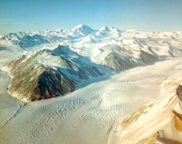 Beardmore Glacier, Glacier in the Antarctic
