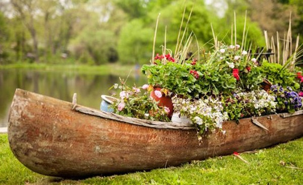 Ten Amazing Things to Can Make and Do With Old Canoes and Kayaks