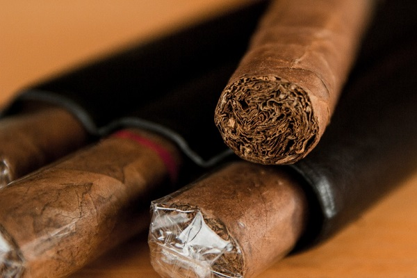 How to Light a Cigar Properly