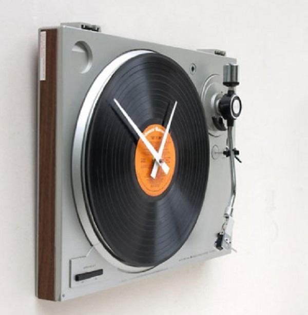 DJ Deck Wall Clock