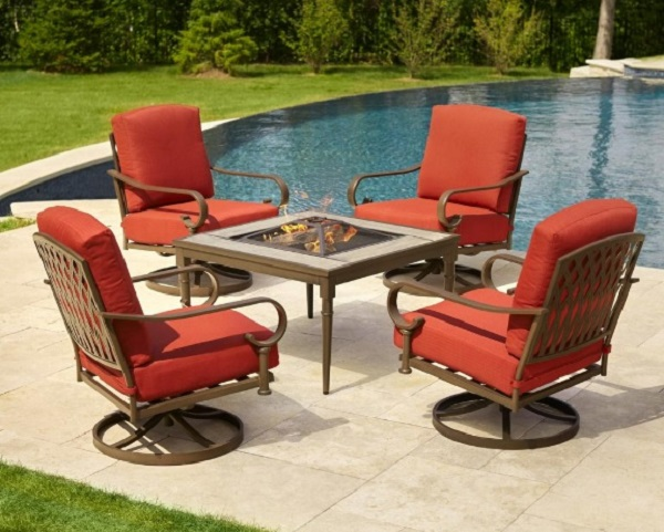 Hampton Bay 5-Piece Patio Set with Fire Pit