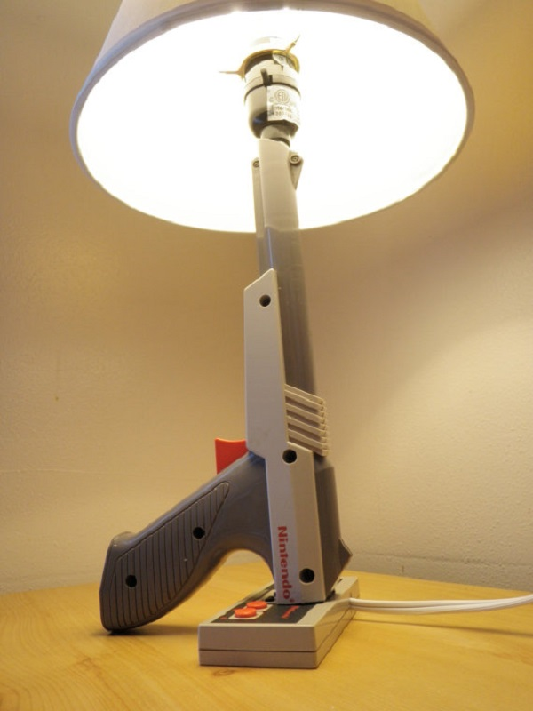 NES Nintendo Zapper lamp